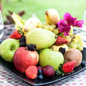 http://www.karismaonlinestore.com/47-645-thickbox_default/exotic-fruit-basket.jpg